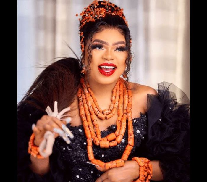 Video:- Bobrisky Shows Off Newly Acquired Iphone 13 Amidst Dragging (watch)